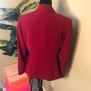 EUC Tahari Red Blazer